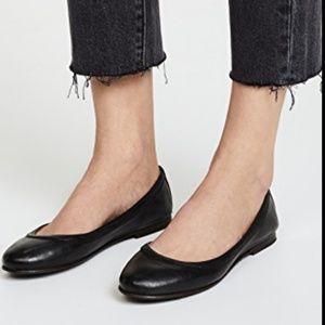 Frye Carson Black Ballet Leather Flat Shoes